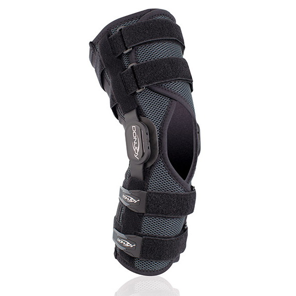 donjoy_playmakerII_knee_brace_2015